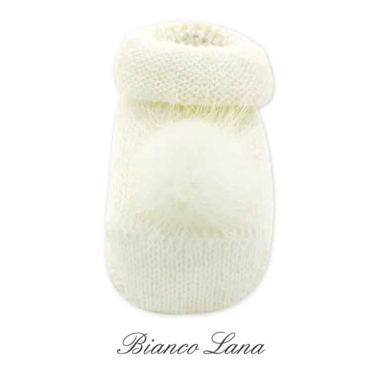 Scarpina in maglia con pompon